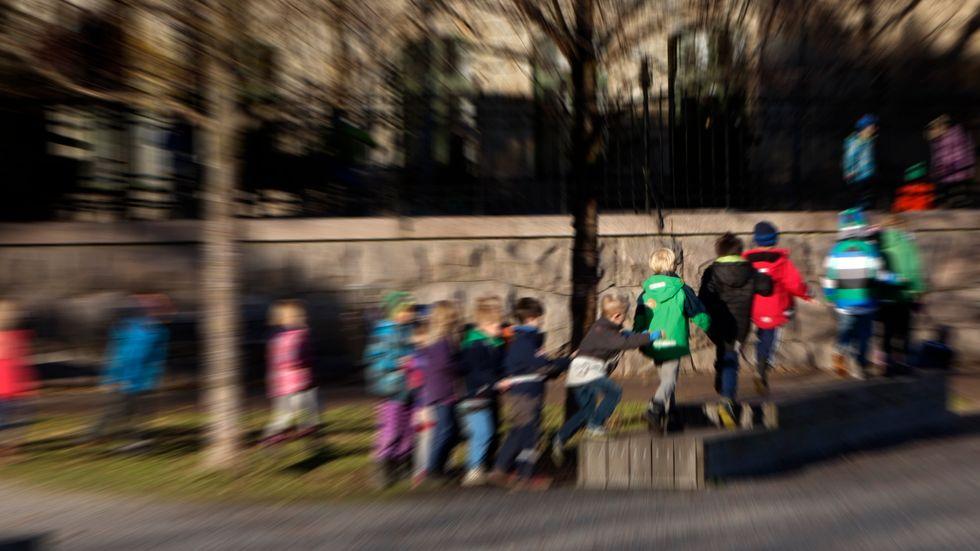 Hur stora ytor har barnen på sina förskole- och skolgårdar? Boverket ska kartlägga. Arkivbild.