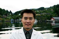 Zhonghua Liu.