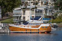 Boende nära vatten och båtar i centralorten Västervik.