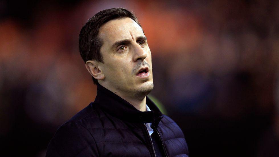 Manchester United-legendaren Gary Neville är glad att klubben dragit sig ur planerna på en superliga.