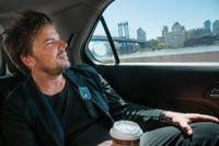 Bjarke Ingels på väg från ett möte i Midtown till kontoret i Finansdistriktet på Manhattan.