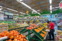 En matvarukedja har hamnat mitt i debatten om rättigheter för hbtq-personer i Ryssland. Arkivbild på en annan rysk matvarubutik.