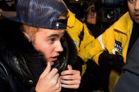 Ett rykte om att popstjärnan Justin Bieber planerar att köpa ett lyxhus i Atlanta har väckt protester i staden. Popstjärnans potentiella grannar är inte roade över flyttplanerna. Den rika förorten Buckhead har nu skapat en Facebooksida som uppmanar de boende i området att protestera under måndagsmorgonen.