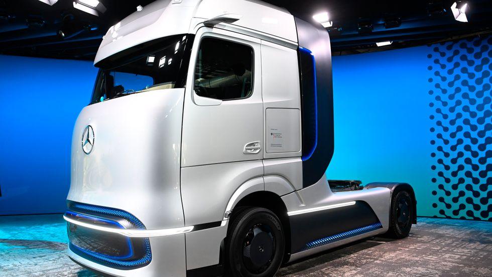 En prototyp av en eldriven lastbil som Daimler presenterade i fjol. Arkivbild.