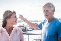 Erica Fritzdorf och Johan Holmsäter flyttade till en husbåt med massor av veranda.