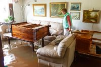 Ulla Westbeck fick sin lägenhet översvämmad.