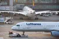 Lufthansa sparar för att motverka effekter av coronaviruset.