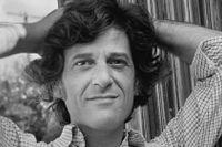 Leonard Michaels (1933–2003) var professor i engelsk litteratur.  Som författare skrev han framför allt noveller.