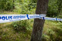 Det var svampplockare som hittade skelettdelar i skogen på Ivö i juli 2017.